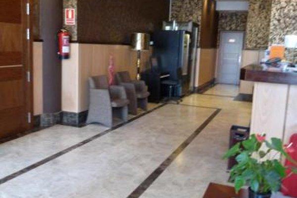 Hotel 4C Puerta Europa - фото 19