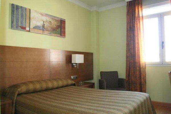 Hotel 4C Puerta Europa - фото 4