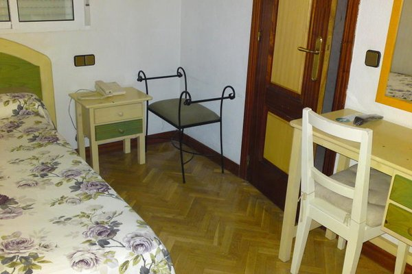 Hostal Madrid - 5
