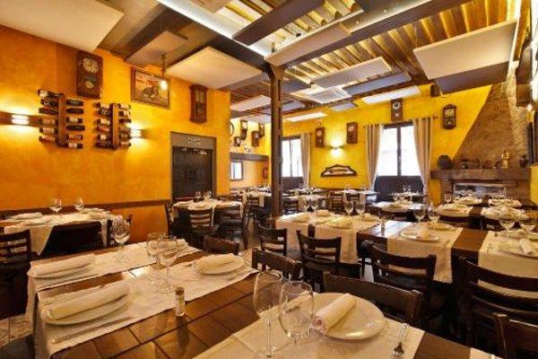 Hostal Alhambra Suites - 10