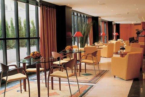 Leonardo Hotel Madrid City Center - 11