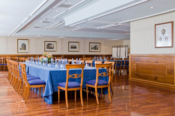 Отель Intur Palacio San Martin - 14
