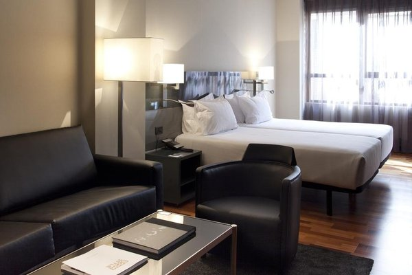 AC Hotel Avenida de America, a Marriott Lifestyle Hotel - фото 5