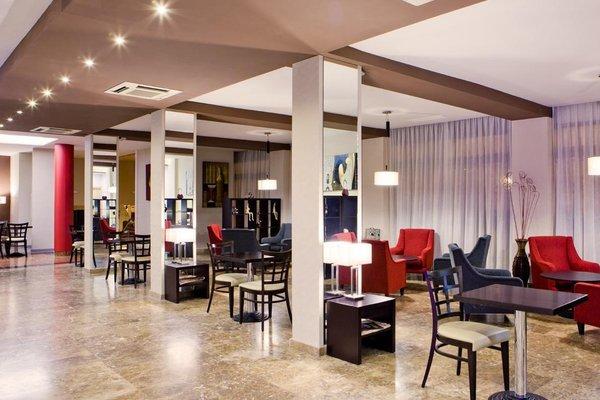 Hotel Puerta de Toledo - фото 8