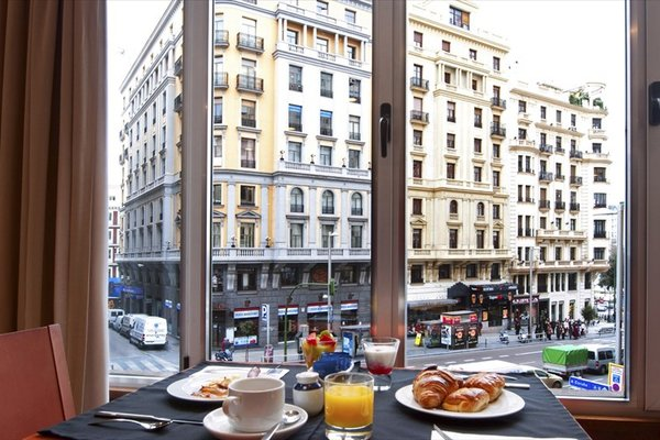 Tryp Madrid Cibeles Hotel - фото 20