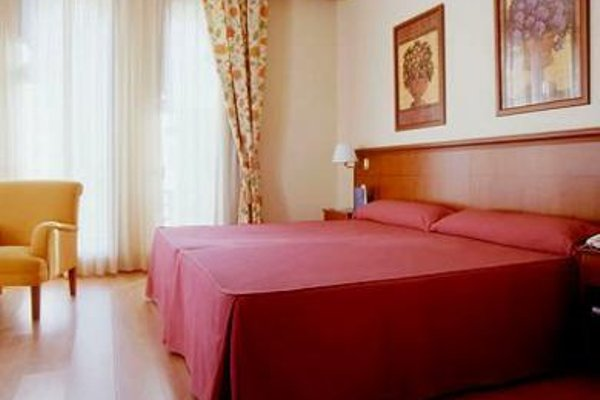 Tryp Madrid Cibeles Hotel - фото 3