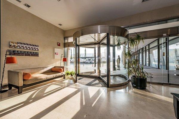 Hotel Mercader - фото 17