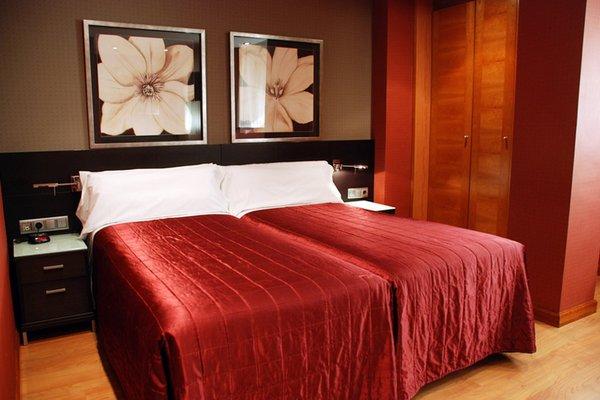 Hotel Villa de Barajas - фото 50