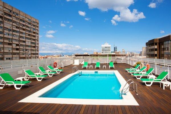 Holiday Inn Madrid Bernabeu - фото 20