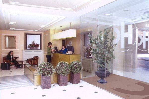 Отель Catalonia Las Cortes - фото 5