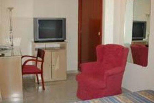 Plaza D'Ort Rooms - фото 12