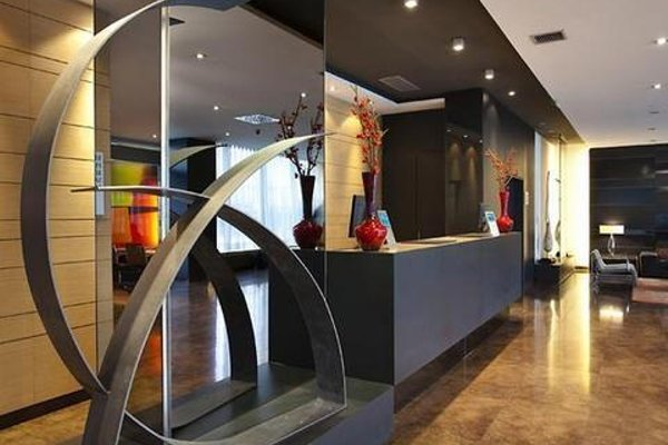 AC Hotel Madrid Feria - 16