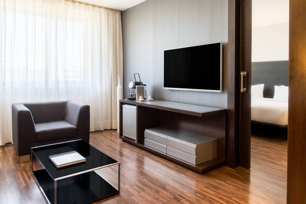 AC Hotel Madrid Feria - 4