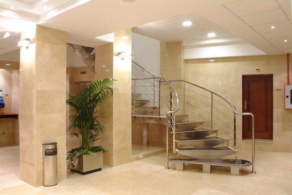 Hotel Gran Legazpi - фото 14