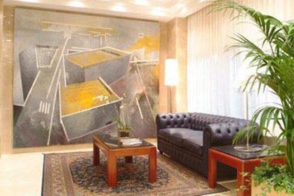 Hotel Gran Legazpi - фото 3