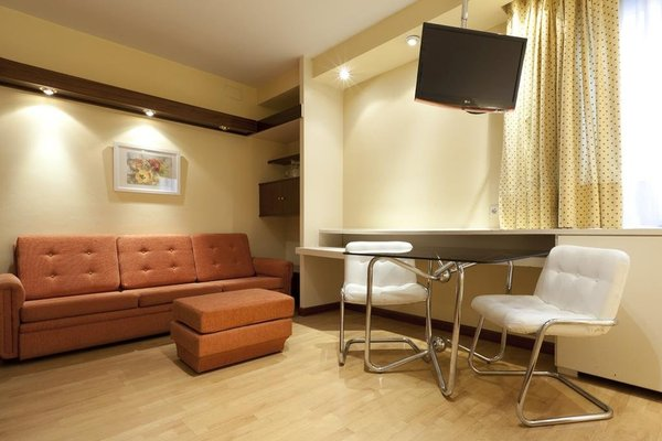 Apartamentos Centro Colon - 6