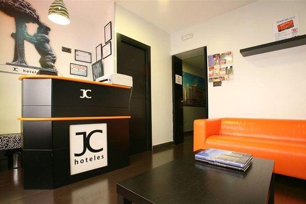 Jc Rooms Puerta Del Sol - 11