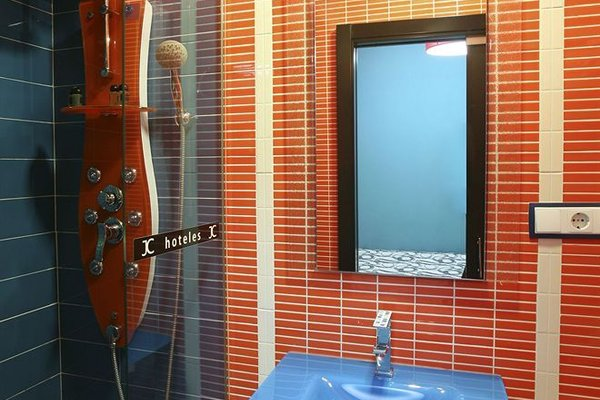 Jc Rooms Puerta Del Sol - 9