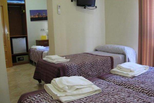Hostal Tirso Plaza - 11