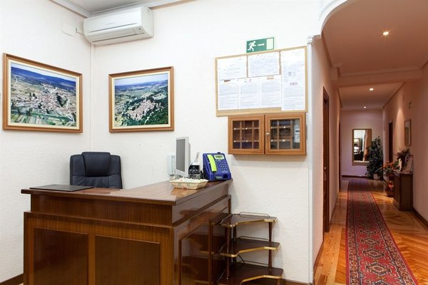 Hostal Zamora - 16