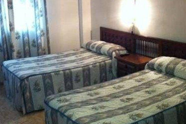Hostal Aeropuerto - фото 50