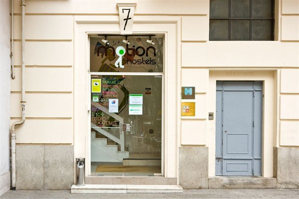 Madrid Motion Hostels - 23