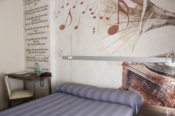 Hostal 4C Cuatro Caminos - фото 3