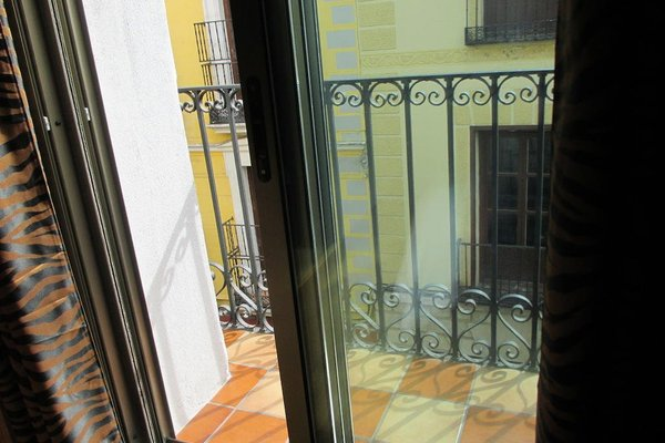 Madrid City Rooms - фото 15