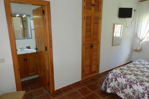 Hostal Las Acacias - 10