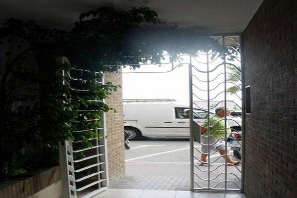 Almirall Apartaments - фото 20