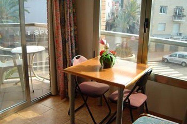 Apartamentos Blanco y Negro - фото 10