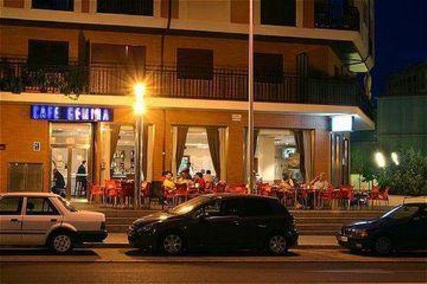 Tryp Leon Hotel - фото 22