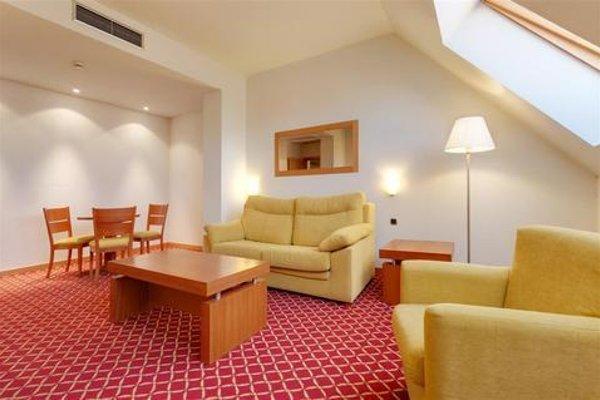 Tryp Leon Hotel - фото 6