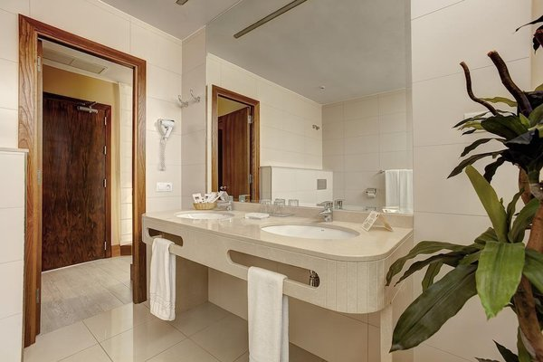 Hotel Astoria - фото 9