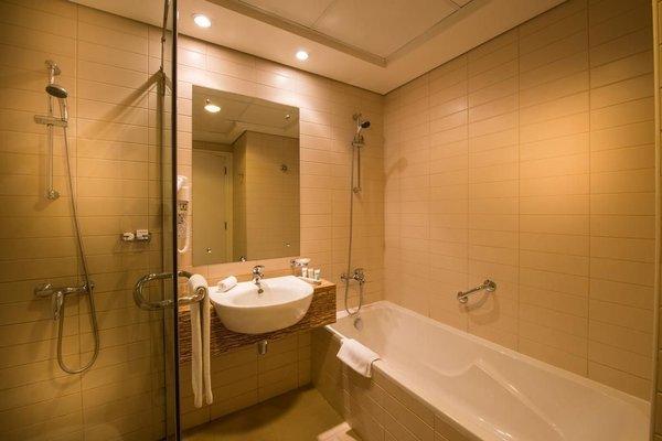Oaks Liwa Heights Hotel Apartments - фото 12
