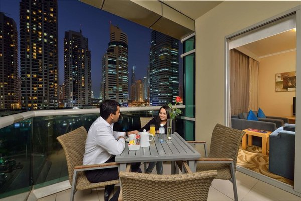 Oaks Liwa Heights Hotel Apartments - фото 13