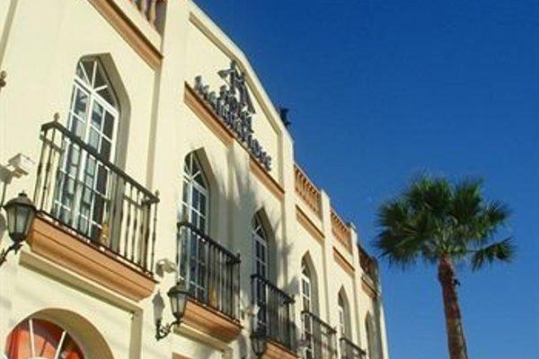 Hotel Majaravique Sevilla - фото 14