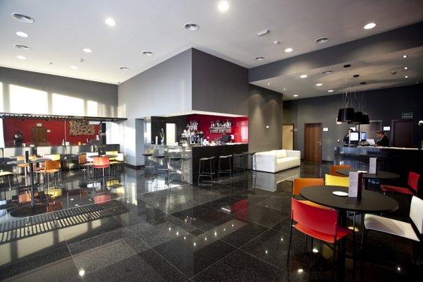 Hotel Carris Marineda - фото 11