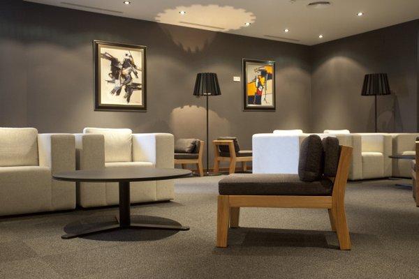 Hotel Carris Marineda - фото 4