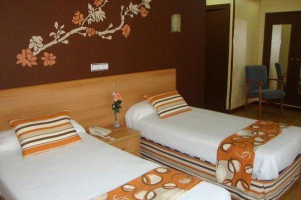 Hotel Almirante - фото 8