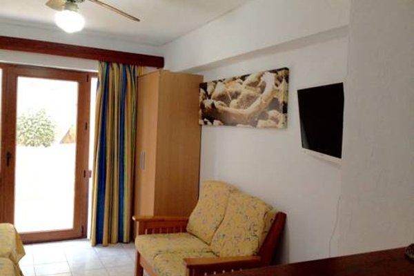 Apartamentos Llevant - фото 3