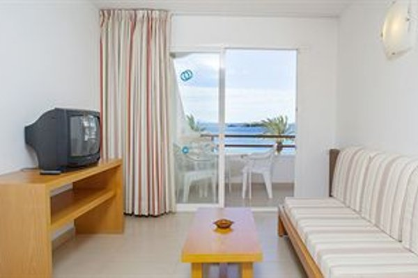 Apartamentos Mar y Playa - 4