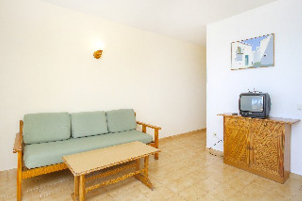 Apartamentos Mar y Playa - 6