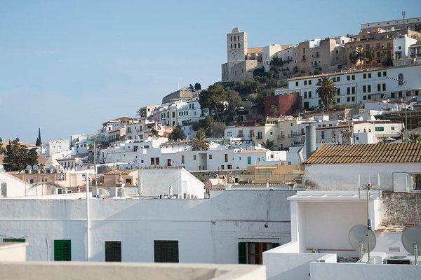 Hostal Ripoll Ibiza - фото 4
