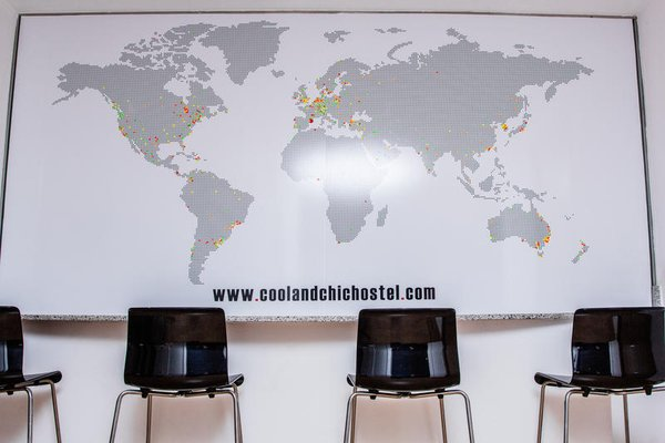 Cool & Chic Hostel - 5