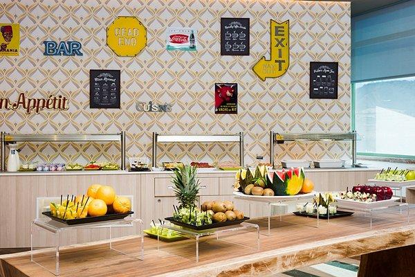 Tryp Guadalajara Hotel - 10