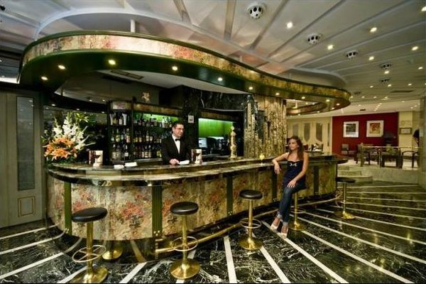 Hotel Corona de Granada - фото 7