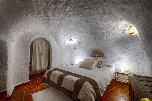 Cuevas El Abanico - фото 9