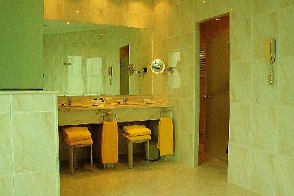 Hotel Hernan Cortes - фото 19