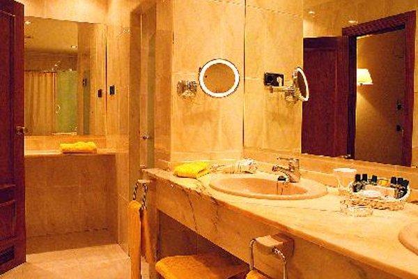 Hotel Hernan Cortes - фото 9